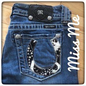 MISS ME Horseshoe Pocket Boot Cut Jean